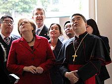 廣州主教獲德國總理鼓勵多辦社會服務