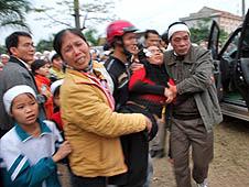 越南:總教區譴責當局拆除十字架