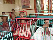 孟加拉:修女指有必要修改收養法例