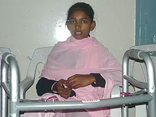 巴基斯坦:天主教徒悼念炸彈襲擊死難者
