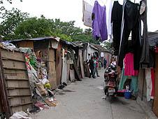 中國:天主教徒希望改革戶籍制度