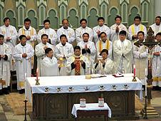 中國:神父最多的教區慶祝聖油彌撒