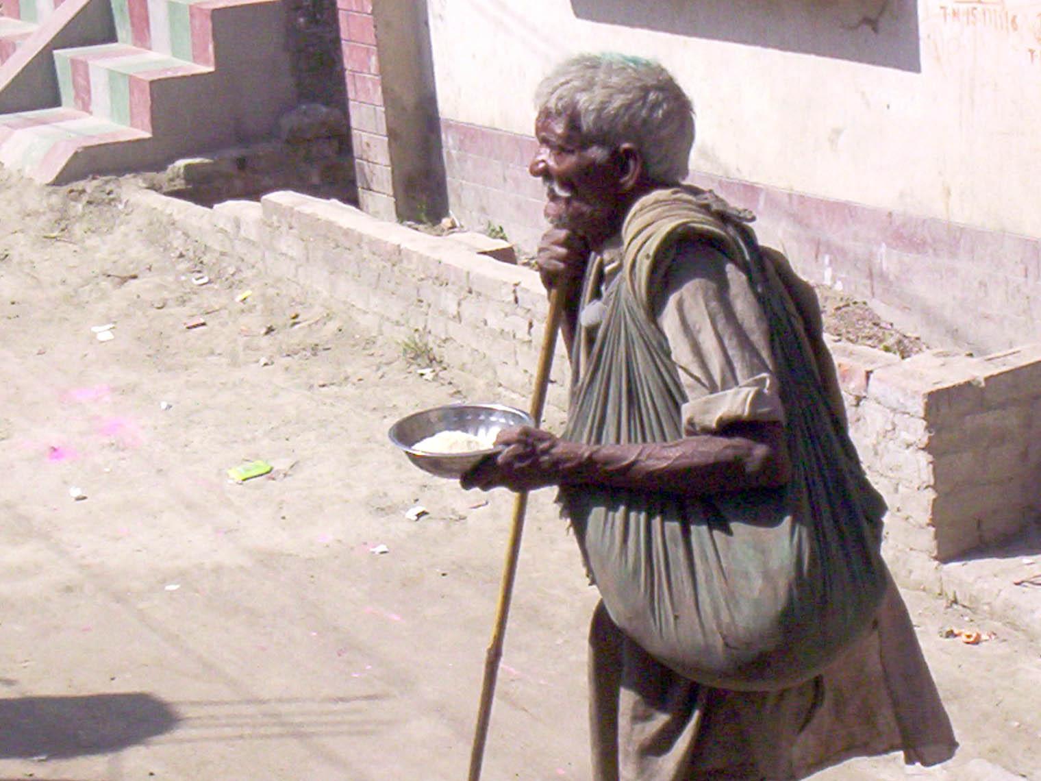 印度:政府反行乞措施引起不同反應