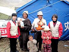 【特稿】中國天主教人員援助玉樹地震災區的母嬰