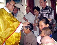 中國青海女教友引領藏族夫家成員入教