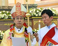 太原教區祝聖孟寧友助理主教