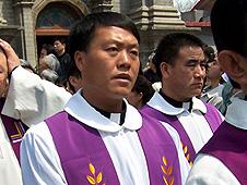 中國河北主教被迫參加承德祝聖禮