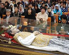 鮑思高聖髑亞洲巡迴之旅在韓國開始 thumbnail