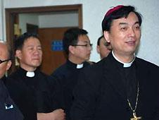 南京教區主教率團到韓國考察訪問