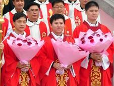 非法主教委託及授予聖秩的合法性成疑