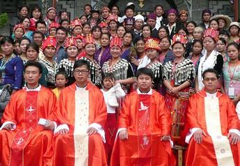 雲南六位新鐸祝聖禮按計劃舉行