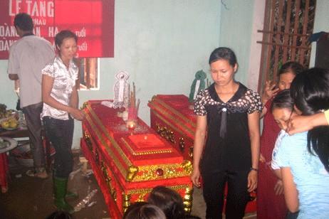 越南明愛援助山體滑坡遇難者家屬