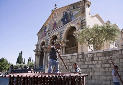 聖地革責瑪尼大殿展開修復工程