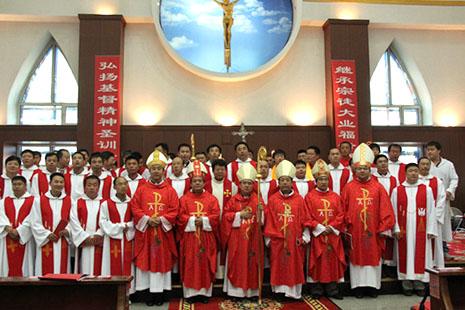 梵蒂岡宣布哈爾濱岳福生神父處於絕罰