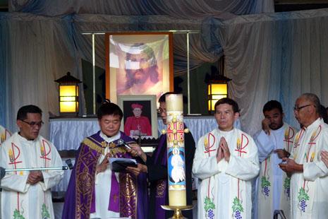 台灣教會為單國璽樞機舉行追思悼念
