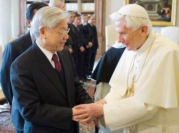 羅馬教宗首次會見越共總書記