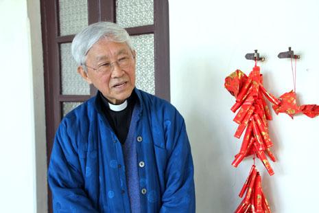 陳日君樞機感謝教宗本篤對中國格外關心 thumbnail