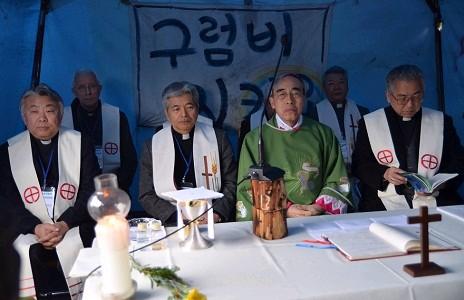 日本主教前往濟州聲援抗議海軍基地活動