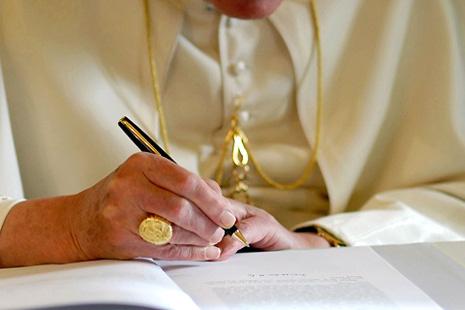 教宗本篤未完成的通諭成謎