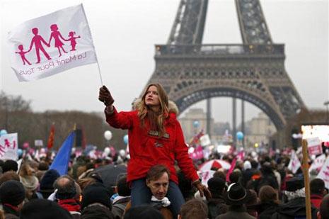 英法國會下議院通過同性婚姻法案 thumbnail