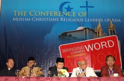 香港神父慨嘆華人牧者對宗教交談被動 thumbnail