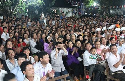 教廷特使對越南進行牧靈訪問未受干預 thumbnail