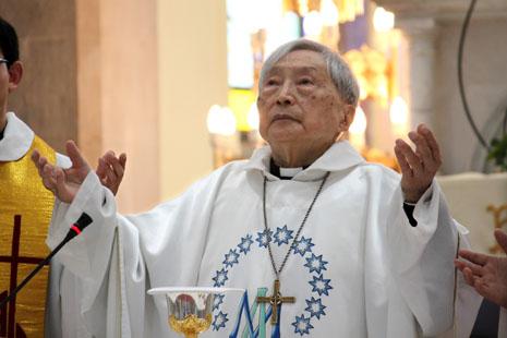 風雲一時的上海教區金魯賢主教病逝 thumbnail