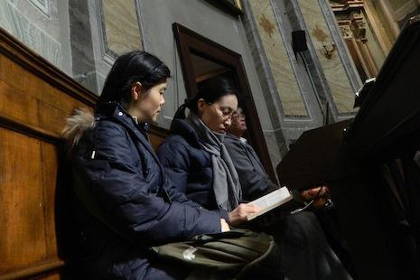 羅馬華人天主教團體濟濟一堂慶祝復活節 thumbnail