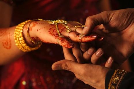 印度法院裁決有性關係等同結婚 thumbnail