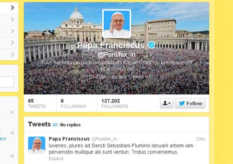 哲學家讚揚教宗大受歡迎的拉丁文推特