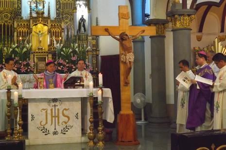 高雄教區追悼單國璽樞機及鄭天祥總主教逝世周年
