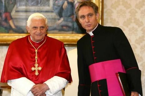 榮休教宗的秘書稱「神秘經驗」的新聞並非真實 thumbnail