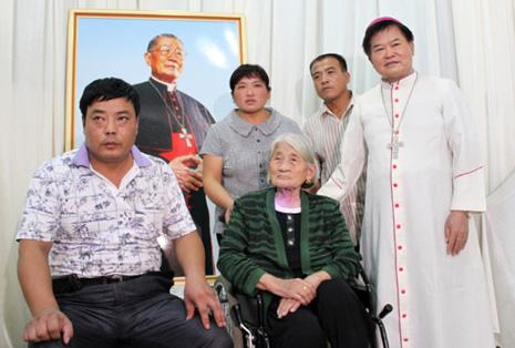 濮陽家鄉教友紀念單國璽樞機逝世周年
