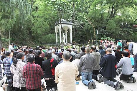 五千信眾進教之佑瞻禮日祈求佘山聖母護佑中國教會