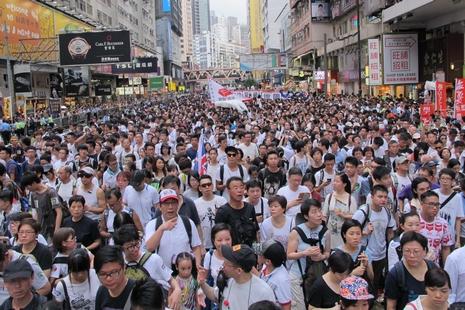 五十一萬人參與七一遊行,基督信徒為民主公義發聲