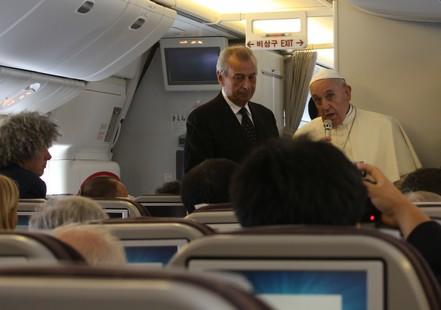 【特稿】教宗訪韓回程空中記者會節錄──中國