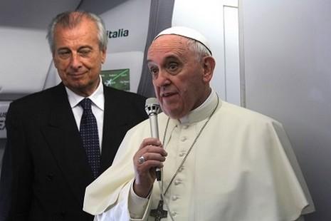 【評論】中國開放領空給教宗,中梵關係緩和多深呢?