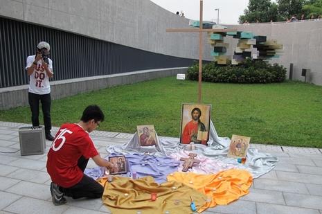 基督徒團體舉辦祈禱會,為罷課學生帶來屬靈力量