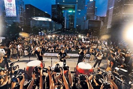 香港五千人集會抗議民主運動黑暗一天