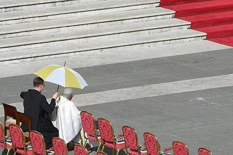 【博文】陳樞機:我為這一句鼓勵的話來了羅馬也很值得