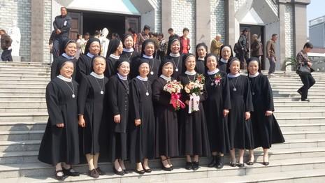 兩位家中獨女成為海門教區嬰德會初願修女 thumbnail