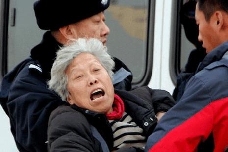 女性在中國「黑監獄」遭受駭人的侵害
