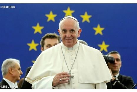 教宗呼籲歐洲尋根貢獻人類,議會全體跨派別讚揚