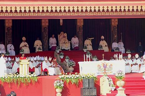 【特稿】基督在世代表教宗方濟各,訪問斯里蘭卡關懷似耶穌
