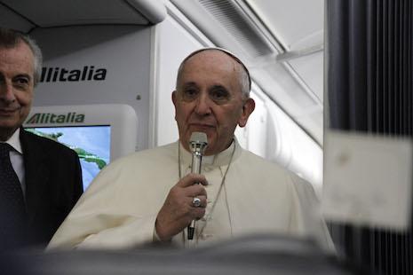 教宗二度踏足亞洲,回程時再經中國領空