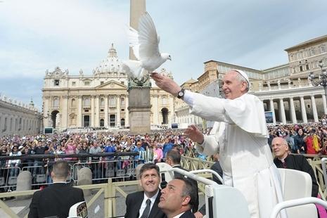 【文件】教宗方濟各二零一五年世界和平日文告