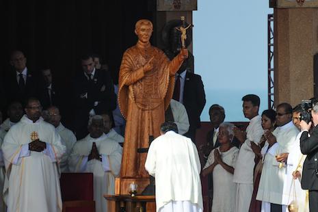 【視頻】教宗方濟各在斯里蘭卡為瓦斯神父主持封聖大典片段
