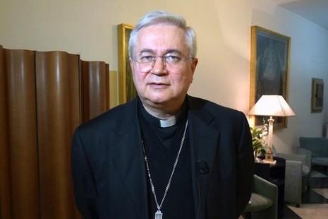 教宗改革教廷,宗座委員會的主教被調到教區任職