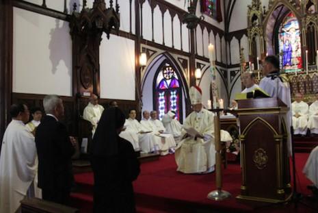 長崎天主教信徒人數急降,教區會議建議教會退省