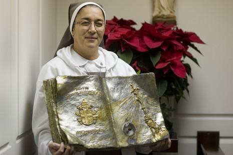 聖教宗若望保祿二世的聖髑在古巴巡遊